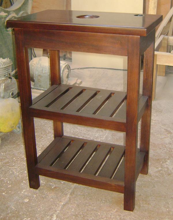 mueble de bao madera maciza con estantes